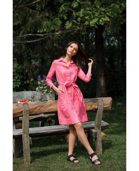 Paliemenuota lino suknelė